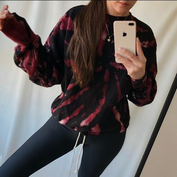 Season's Label Tops - BOGO🔥Luxury Tie Dye Sweater, Burgundy